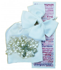 Gorgeous Girls First Communion Gift Set - Set includes: Beautiful White Heart Rosary Beads, White Satin Drawstring Bag, White Hair Bow and 1st Communion Bookmark - Ideal Keepsake Gift